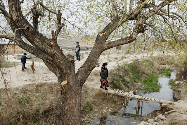 ", 'Kyrgyzstan. Fergana Valley. outskirts of Osh. From ""Two Rivers"",' 2008, Magnum Photos"