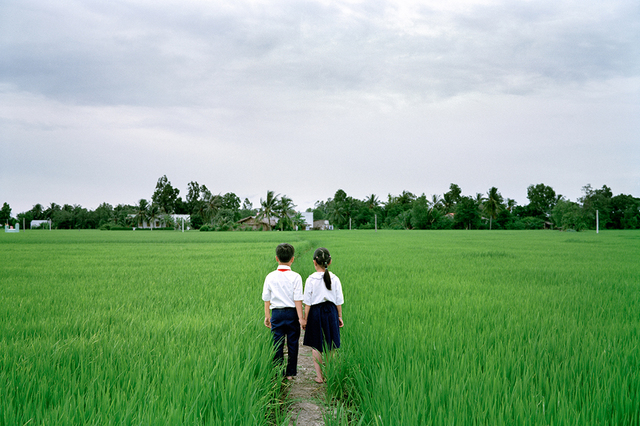Pipo Nguyen-duy, 'Couple Walking Home', 2013, ClampArt