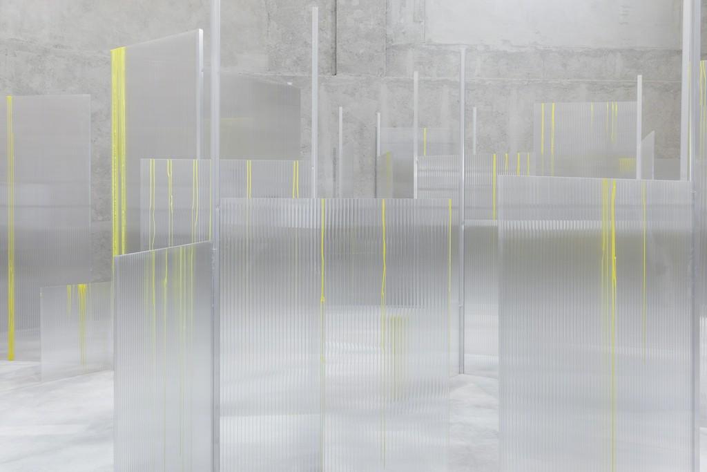 """""""SLIGHT AGITATION 1/4: Tobias Putrih"""" View of the exhibition. 20 October 2016 – 22 January 2017. Fondazione Prada, Milan. Tobias Putrih, Obfuscation, 2016. Foto Delfino Sisto Legnani e Marco Cappelletti. Courtesy Fondazione Prada"""