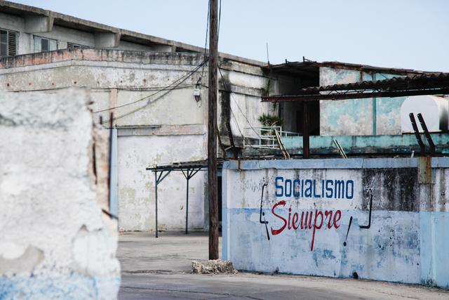 """, '""""Socialismo Siempre"""" sign,' , Yeelen Group"""
