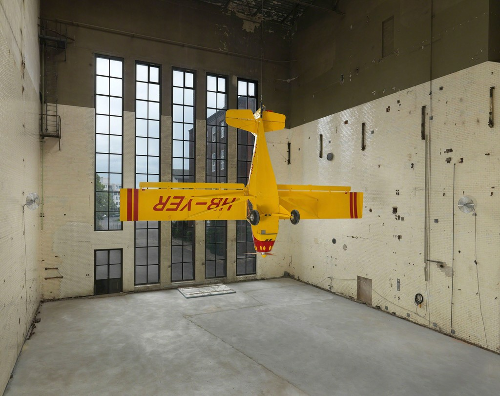 Roman Signer, Kitox Experimental (2014). Installation in KINDL's Kesselhaus (Boiler House). Photo: Jens Ziehe, Berlin, 2014