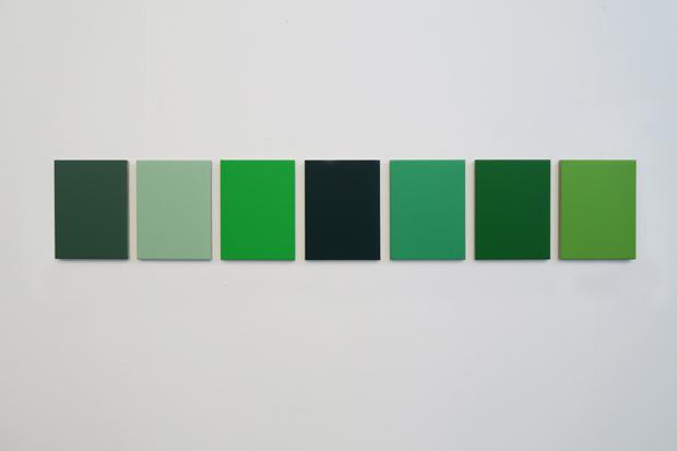 , '7 different shades of green found in the studio,' , Galería Heinrich Ehrhardt