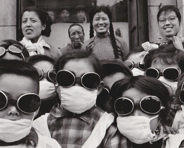 , 'Shenyang (Chine), ex-Moukden, sortie scolaire en plein vent du désert de Gobi,' 1957, Galerie Nathalie Obadia