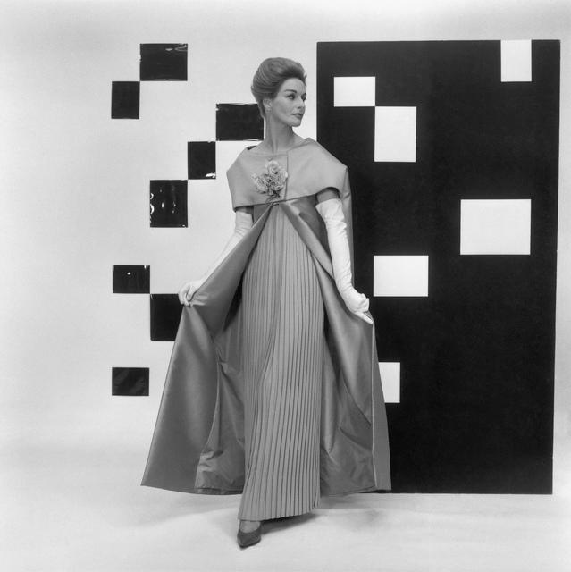 , 'Modell von Pierre Cardin,' 1960, Museum für Fotografie
