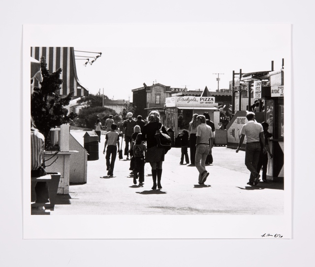 , 'Roberta Enters the Belmont Amusement Park in San Diego,' 1976, Bridget Donahue