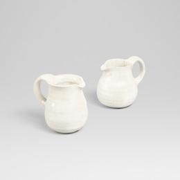 pitchers, pair