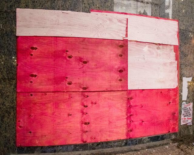 , 'Sem título #34 - da série Mitigação sem impacto (Convite à pintura) [Untitled #34 - from the series Mitigation without impact (Invitation to painting) ,' 2013, Portas Vilaseca Galeria