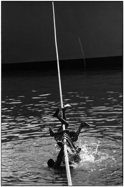 Elliott Erwitt, 'Papeete, Tahiti', 1980, Huxley-Parlour