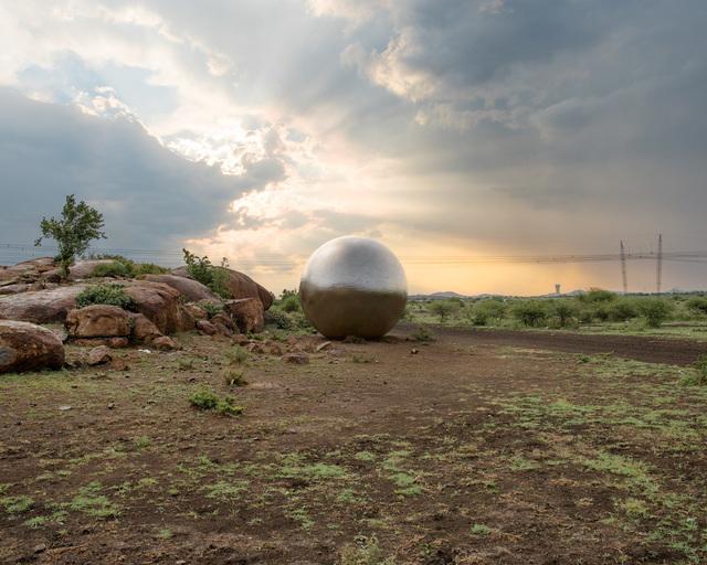 , 'Ruthenium, 19 million troy ounces,' 2015, Gallery MOMO