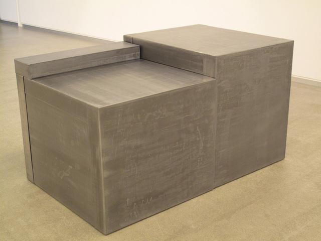 , 'Para ambos lados de la frontera,' 2011, CarrerasMugica