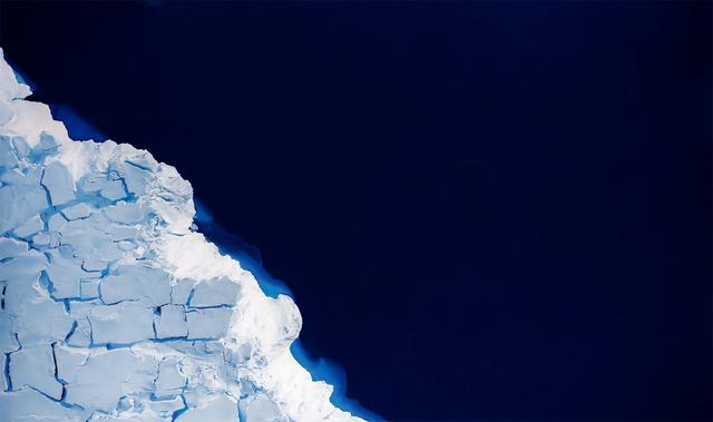 Zaria Forman, 'Getz Ice Shelf, Antarctica, No. 2, S75.00986 W137.09473581, Oct 28, 2016', 2019, Winston Wächter Fine Art