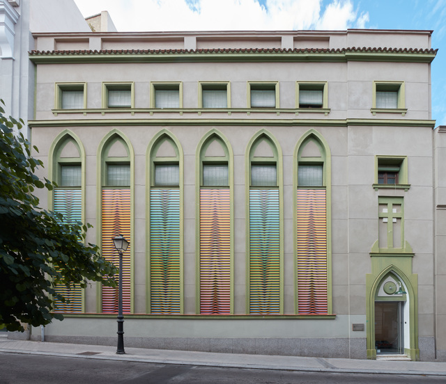 , 'Chromatic Induction in Double Frequency,  Ephemeral Intervention on the façade of Galería Cayón, Madrid,,' 2016, Galería Cayón