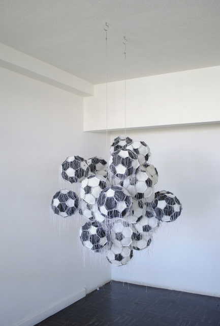 , 'Obverse & reverse IX,' 2010, Casa Triângulo