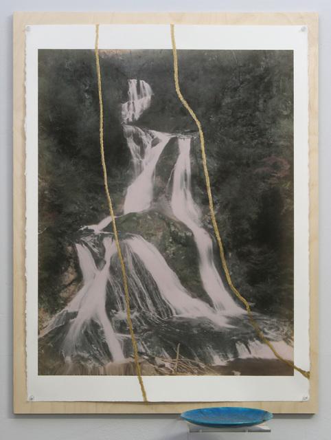 , '2017.10 Kintsugi la chute d'eau avec l'assiette émail Lachenal 1920 égyptien bleu (multi fentes),' 2017, Galerie Nathalie Obadia