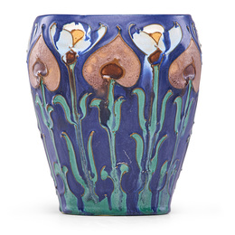 Important vase squeezebag-decorated with stylized flowers, Fairfax, CA