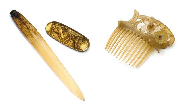 """René Lalique, '""""Sauterelles et Cabochon"""" Brooch', Design/Decorative Art, Patinated moldedglass and gilt metal, Sotheby's: Important Design"""