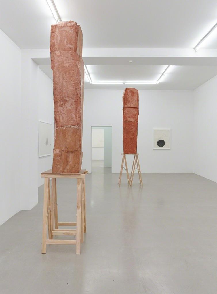 installation view Esther Kläs & Linda Matalon