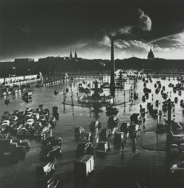 , 'Place de la Concorde, Paris, France,' 1950, Howard Greenberg Gallery