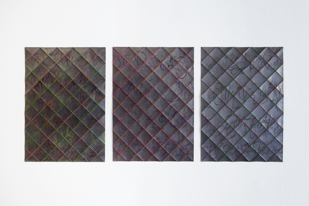 'Folded Drawing red-green-blue' (triptych), 2018, 29,7 x 62 cm, acrylic paint and graphite on paper; photo: gallery