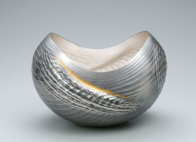 Osumi Yukie, 'Silver Vase (Strait) ', 2013, Design/Decorative Art, Hammered silver with nunomezogan (textile imprint inlay) decoration in lead and gold, Onishi Gallery