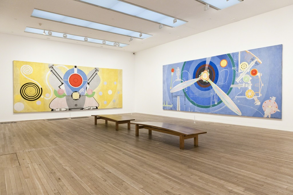 Installation view of Sonia Delaunay at Tate Modern. Courtesy of Tate Photography © Pracusa 2014083