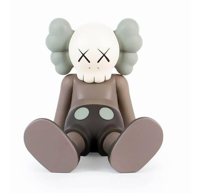 KAWS, 'KAWS Taipei Holiday Companion (KAWS Brown Companion)', 2019, Sculpture, Vinyl figurine, Lot 180