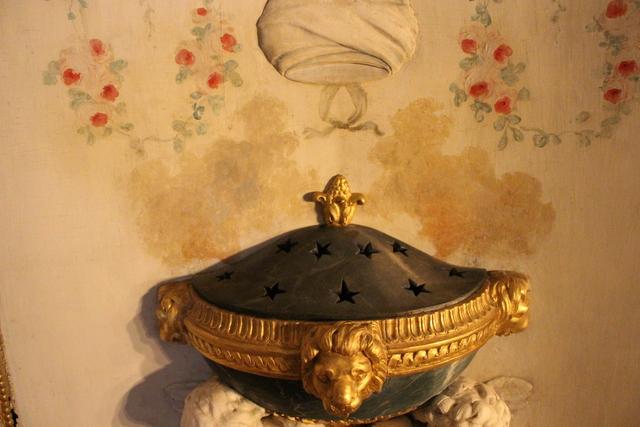, 'Essence diffuser,' c. 18th century, Château de Fontainebleau