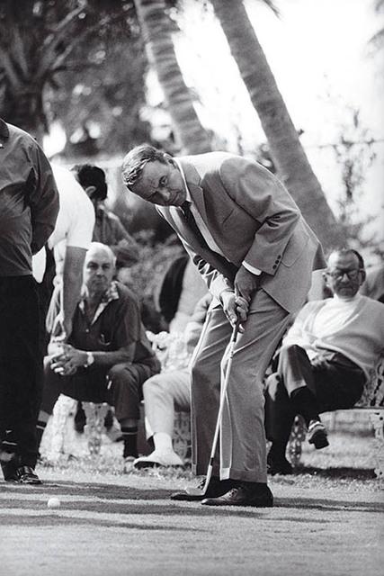 , 'Frank Sinatra Golfing,' 1968, Hilton Asmus