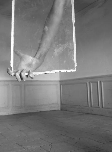 , 'Sans titre, de la série Tout Contre,' 2008-2014, Galerie Les filles du calvaire