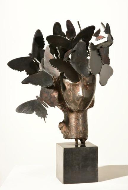 , 'Cabeza con tocado de mariposas,' 2013, Galeria Freites