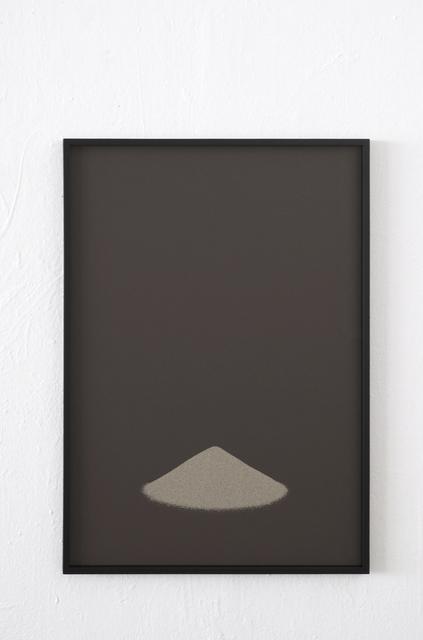 , 'Ohne Titel (Sandhaufen),' 2013, Galerie Gisèle Linder