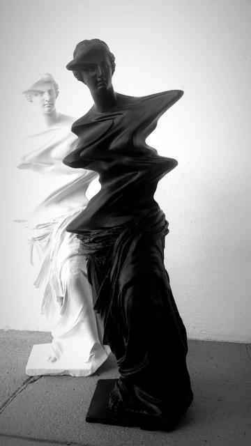 Ciler, 'Venus de Milo negra', 2019, Sculpture, Resin crystal and high solids paint, MAIA Contemporary