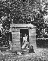 Helmut Newton, Domestic Nude 7