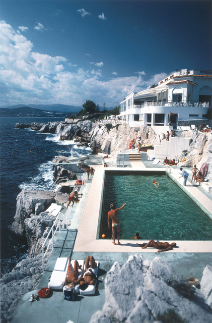 Slim Aarons, 'Slim Aarons Hôtel du Cap, Eden Roc Pool (Slim Aarons Estate Edition)', 1976, Undercurrent Projects