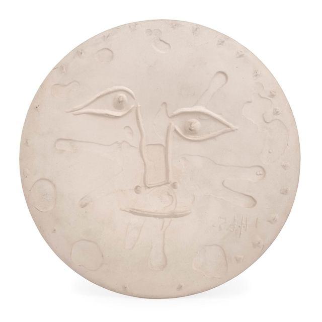 Pablo Picasso, 'Visage (A.R. 533)', 1965, Design/Decorative Art, White ceramic plate, Doyle