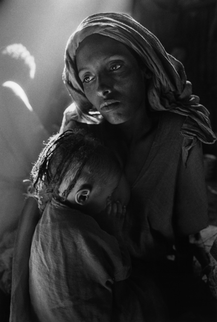 , 'MOTHER AND CHILD AT THE KOREM CAMP, ETHIOPIA,' 1984, Huxley-Parlour