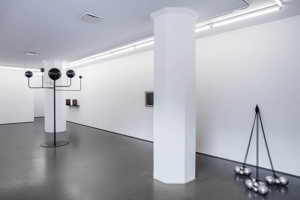 Installation view, Ebba Matz, 8 minutes 20 seconds, 2017, photo: Jean-Baptiste Beranger