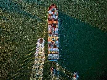 Container Ship & Tugs, Upper Bay, NY