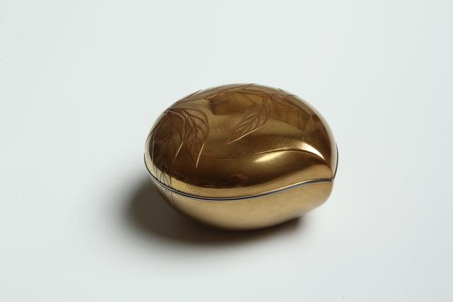 , 'Peach Box (T-3919),' Meiji era (1868-1912) 1896, Erik Thomsen