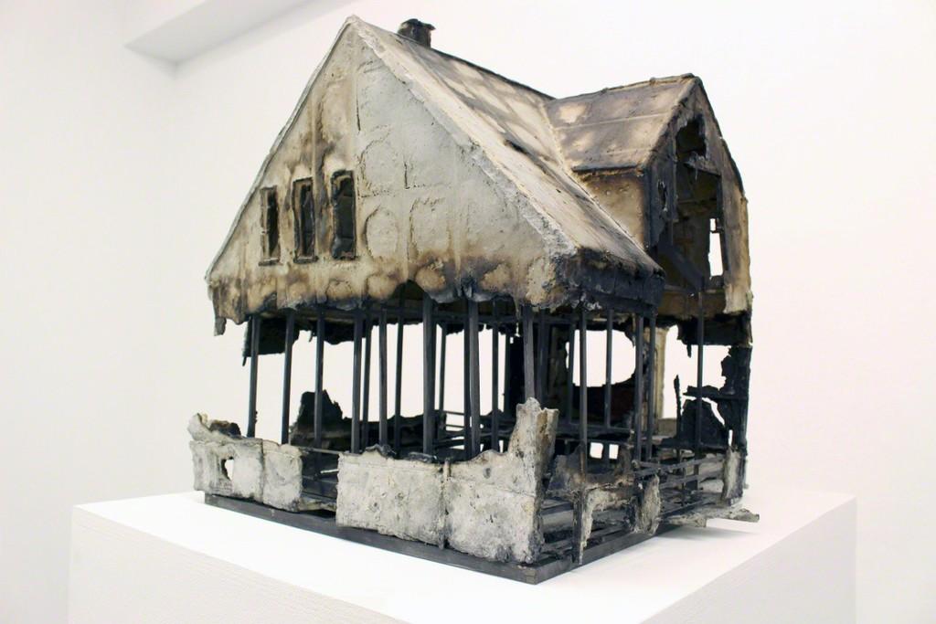 Katrin Sigurdardottir, Unbuilt 5 - The Residence of Magnús Th. Blöndal, Sólvellir 18, Reykjavík, 2009, Verbanntes (Gallery Meessen-De Clercq)