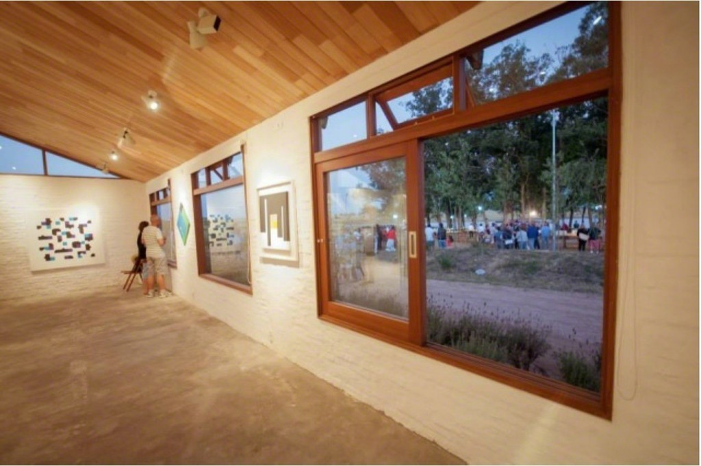 Installation view: Bruno Munari Negativo-positivo, Bruno Munari Curva di Peano