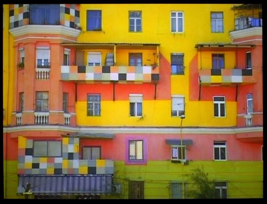 Anri Sala, Dammi I Colori, color, sound, 16min, 2003, Courtesy the artist and Galerie Chantal Crousel Paris, Marian Goodman Gallery New York, Hauser & Wirth Zürich London, Johnen/Schöttle Berlin, Cologne, Munich
