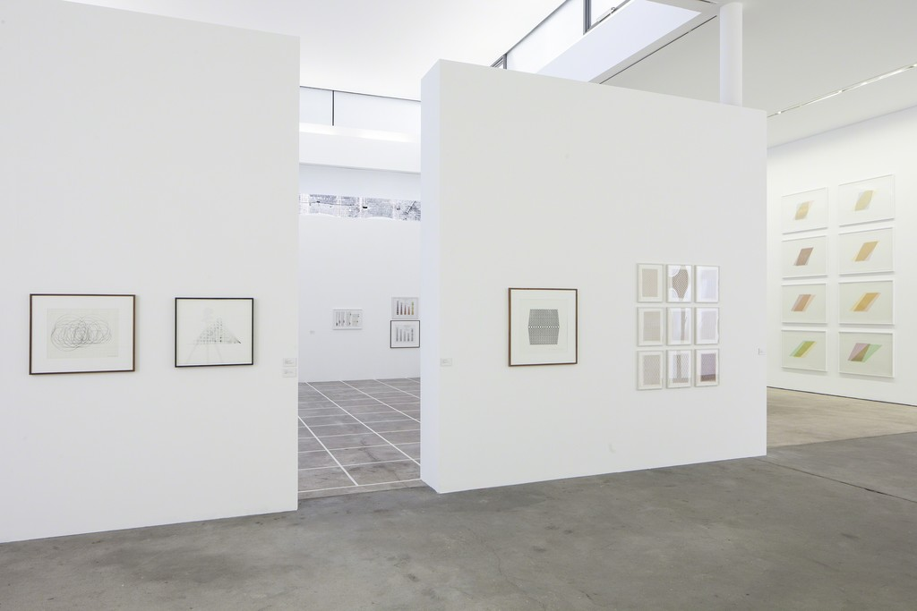 Photo: Timo Ohler. Works courtesy of: Estate Channa Horwitz and François Ghebaly Gallery, Los Angeles; Collection Ellen Davis, Los Angeles; Collection Oehmen, Germany; Estate Channa Horwitz and Air de Paris, Paris.
