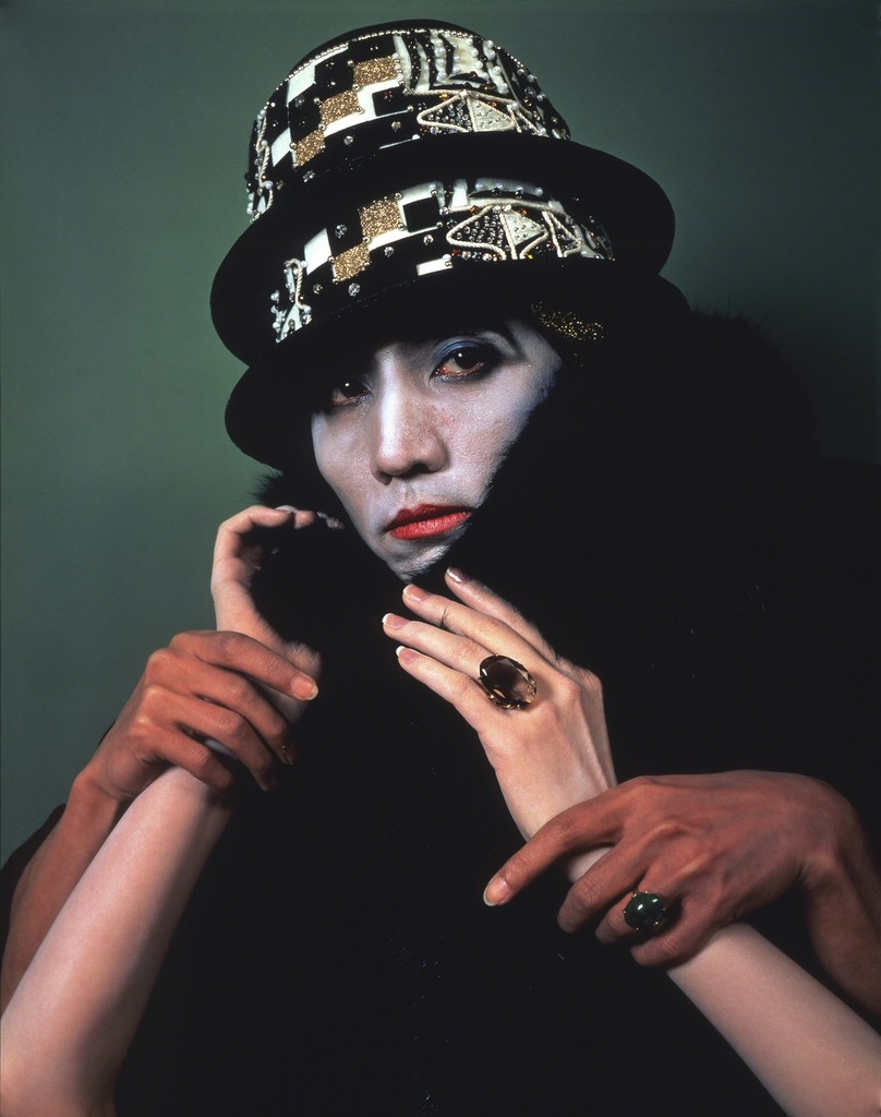 yasumasa morimura Yasumasa morimura an inner dialogue with frida kahlo (collar of thorns) 2001.
