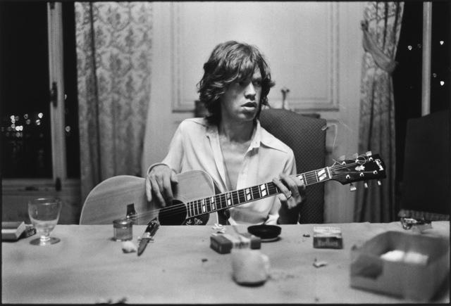 Dominique Tarlé, 'Mick with a Guitar, 1971', 1971, TASCHEN