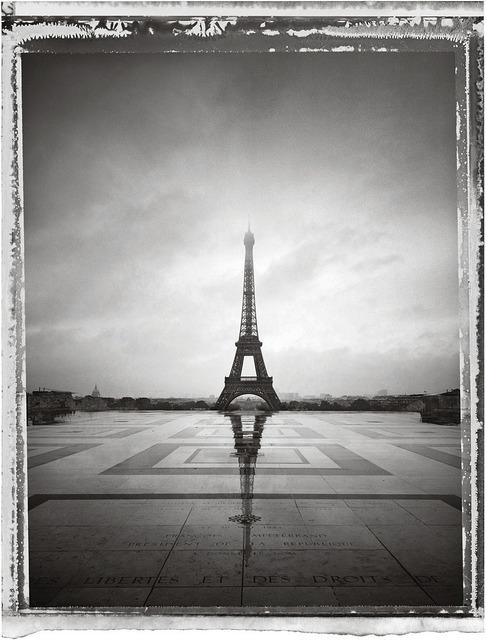 Christopher Thomas, 'Tour Eiffel VI', 2013, Print, Pigment Print on Arches Aquarelle paper, Galerie Commeter / Persiehl & Heine