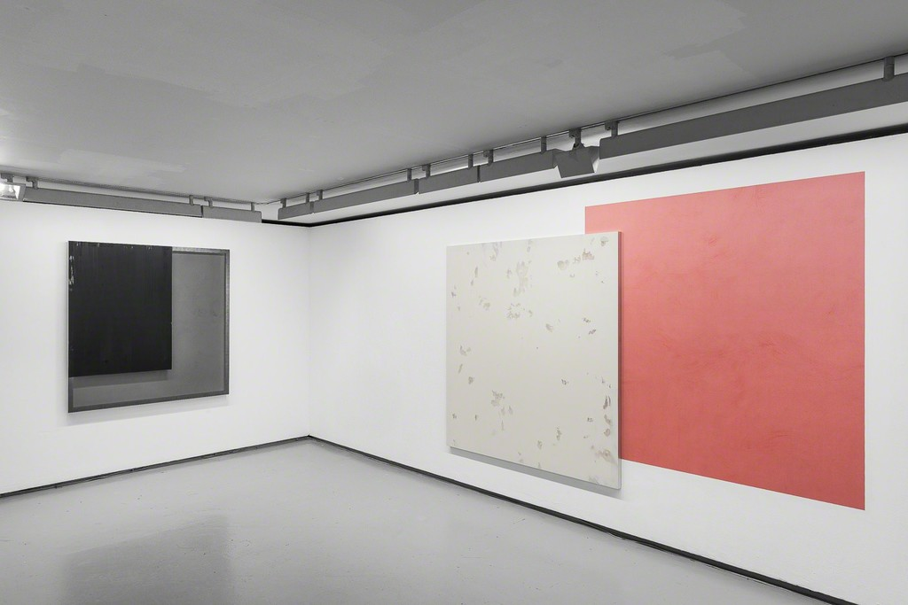 """Exhibition view """"Blind Paintings"""" Valentin gallery, Paris, France, 2017. © Photo: Grégory Copitet / Courtesy of the artist and Valentin, Paris."""