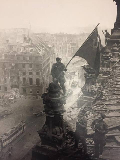 Yevgeny Khaldei, 'Rasing a flag over the Reichstag', 1945, Lumiere Brothers Gallery