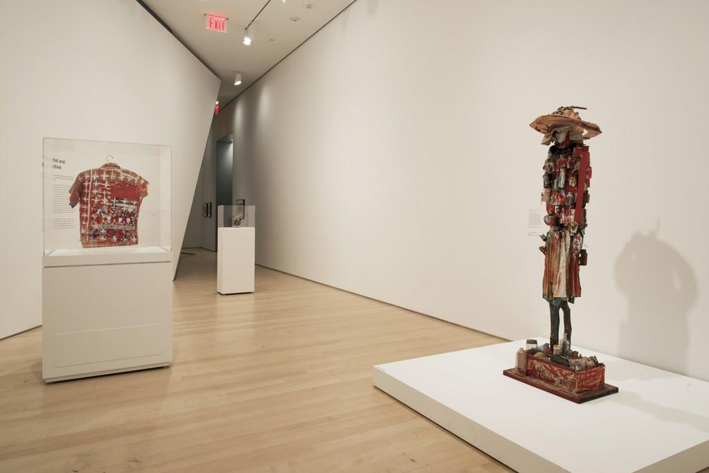 "Installation view of ""Beverly Buchanan—Ruins and Rituals"" at Brooklyn Museum, Brooklyn (2016). Photo credit: Jonathan Dorado"