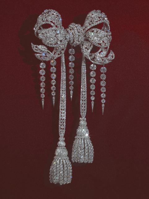François Kramer, 'Noeud de corsage de l'impératrice Eugénie (Diamond corsage of Empress Eugénie)', Musée du Louvre